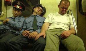 Подборка фото из самых странных пассажиров в метро