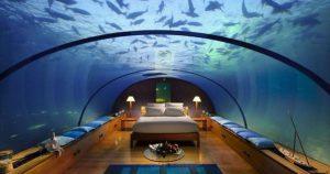 Около 15 000 долларов стоит одна ночь в этом отеле. Дороговато… но вы откройте дверь в номер…!!!