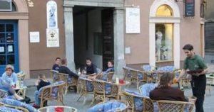 Если будите в Италии не удивляйтесь «подвешенному» кофе