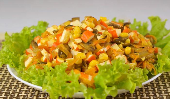 Я решила с Нового года начать новую жизнь! Готовлю 5 салатов, и все без майонеза. Присоединяйтесь!