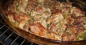 Ароматное мясо по-грузински — блюдо, которое захочется приготовить ещё не раз
