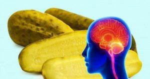 Если вы будете съедать один соленый огурец в день, вот какой неожиданный эффект произойдет с мозгом