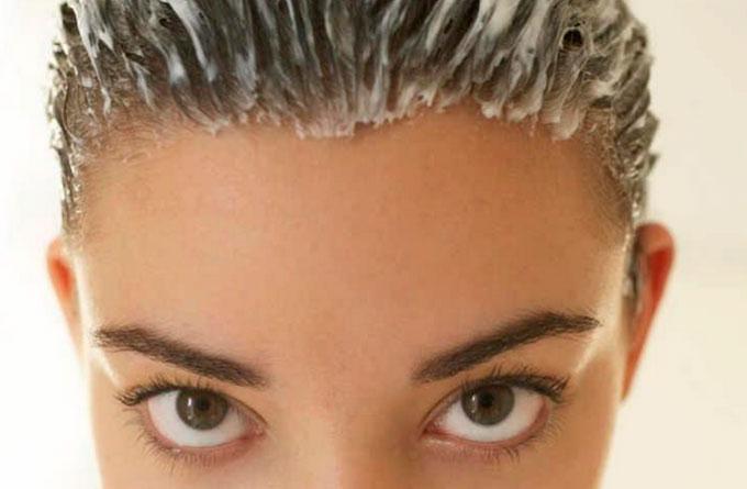Простой способ сделать волосы густыми и пробудить спящие луковицы!