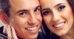 Его беременная жена погибла в автокатастрофе. 4 года спустя он нашел их фото и решил сделать сюрприз дочке