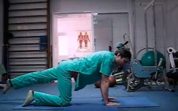 Врач отговорил делать оперецию и посоветовал эти 12 упражнений. И помогло!