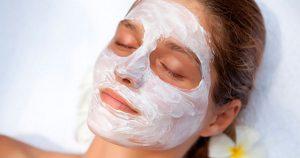 Наносите маску из пищевой соды и яблочного уксуса на 5 минут каждый день и результат не заставит себя ждать