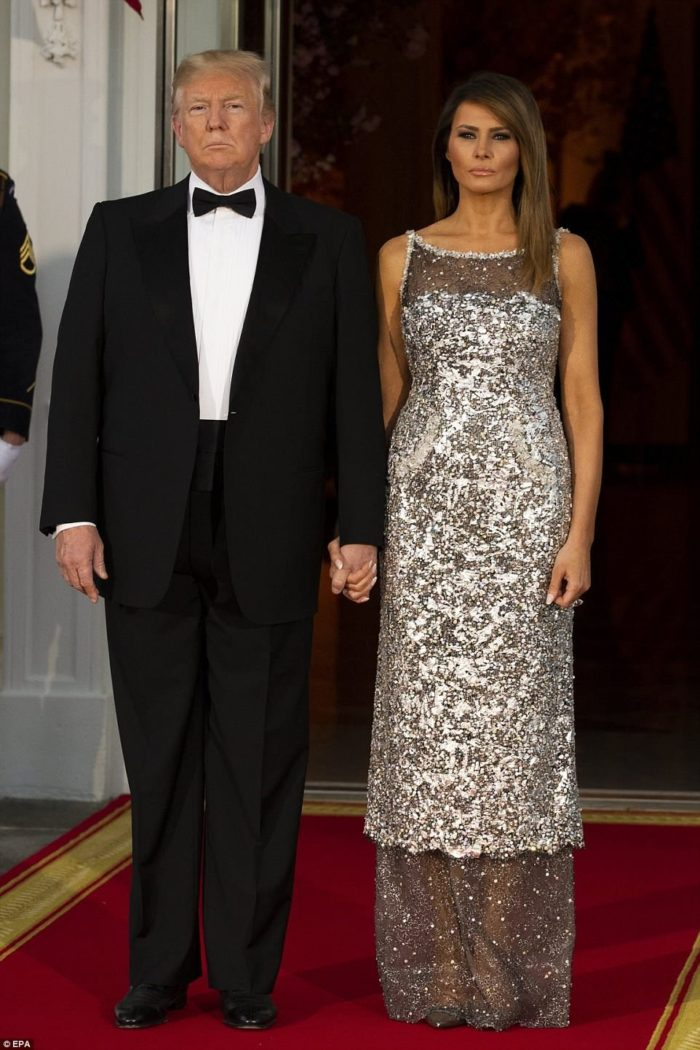 25 лучших образов Мелании Трамп: самая стильная Первая леди
