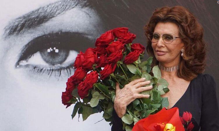 Новые фото Софи Лорен поразили всех без исключения. Неужели в 83 года можно выглядеть так?