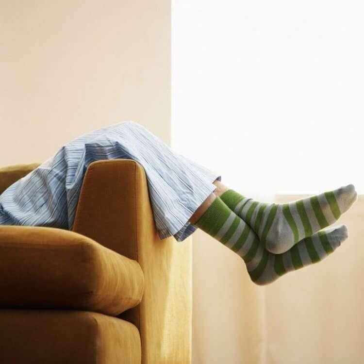 Что будет с вашим телом, если вы зимой будете спать в носках