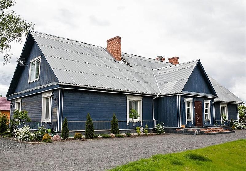 Молодая пара задалась целью и превратила деревенскую халупу в загородный дом своей мечты