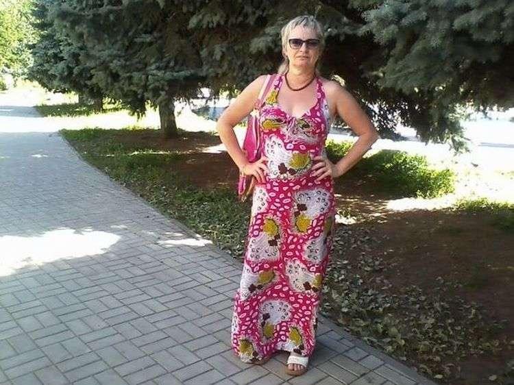 Папарацци подловили постаревшую Сашеньку из «Москва слезам не верит». Вот как сейчас выглядит актриса