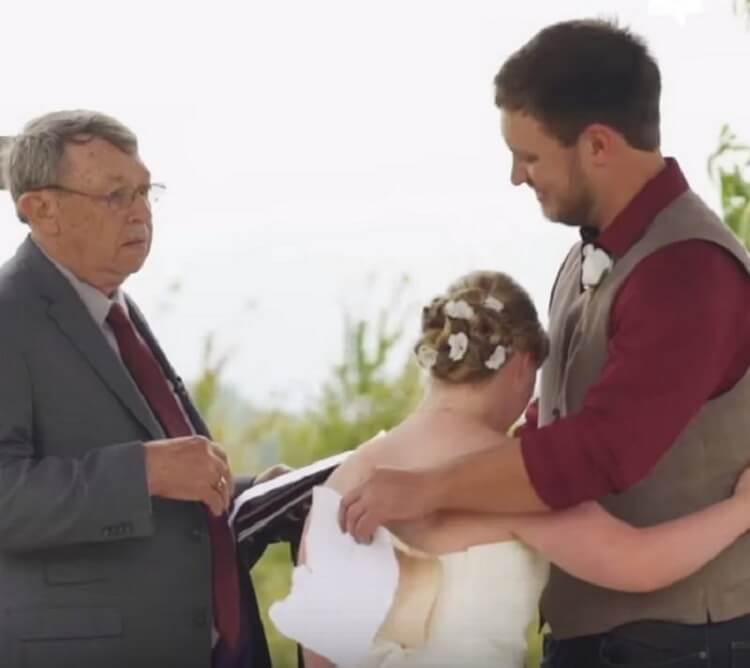 На свадьбе жених сделал предложение сестре своей невесты, но девушка не обиделась