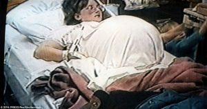 «В 1997 году она смогла родить семерых детей — и ее сразу бросил муж». Вот какой она стала сегодня