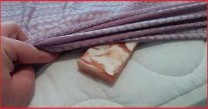Засуньте кусок мыла под простынь. Утром все будет совершенно иначе.