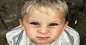 — Тетя Лена, а сколько денег надо, чтобы маму вылечить?