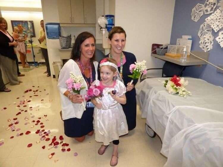 В 4 года родители разрешили ей выйти замуж за 29-ти летнего мужчину
