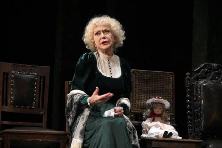 Светлане Немоляевой исполнилось 81 год: 7 малоизвестных фактов об этой знаменитой актрисе