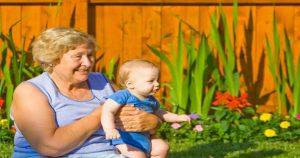 Подарили бабушке на юбилей внука и уехали прочь