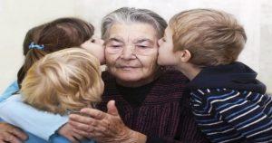 Живу в одной комнате с тремя внуками