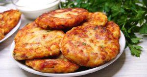 Оторваться от них попросту невозможно – угощайтесь вкуснейшими картофельными биточками