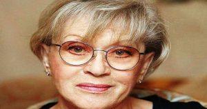Старушкой не смотрится, но и не молодится: как сейчас выглядит 84-летняя Алиса Фрейндлих