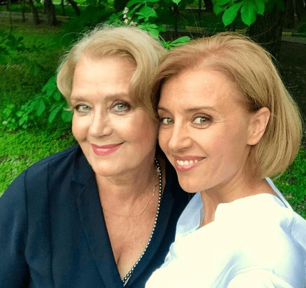 Фото 97-летней матери Ирины Алферовой восхитило поклонников