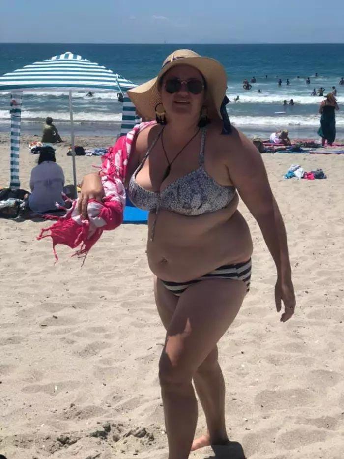 """""""Вы все — никто"""": женщина написала письмо мужчинам, которые смеялись над ней на пляже"""