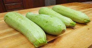 Попался новый рецепт из кабачков: вкуснее, чем оладьи, только проще и жарить не нужно