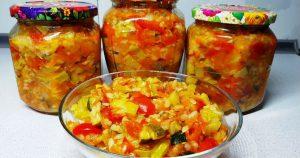 Салат с кабачками и рисом готовлю уже 10 лет. Кто пробует сразу просит рецепт