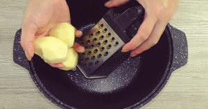 Вкусное блюдо из 2 яиц и 3 картошек. Меняя начинку, готовь хоть ежедневно