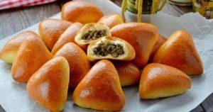 Простые и вкусные пирожки на кефирном тесте