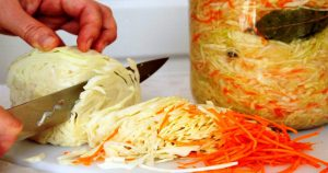 Квашеная капуста — простой рецепт